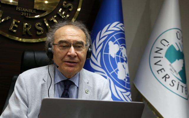 """Prof. Dr. Nevzat Tarhan: """"Dünyayı bağımlılık pandemisi bekliyor"""""""