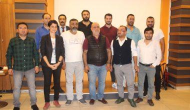 Sarıgazispor yeni yönetimini tanıttı