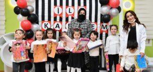 Başkan Döğücü, Minik Öğrencilerin Karne Sevincine Ortak Oldu