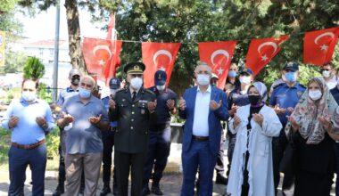 Sancaktepe'de şehit kabirleri ziyaret edildi dualar okundu